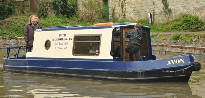 Lady Victoria Dayboat customers of Bath Narrowboats pirate party