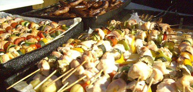 Barbecue by Gourmet Delicious outside catering