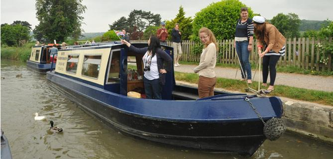 Dayboat customers of Bath Narrowboats pirate party Hen Party