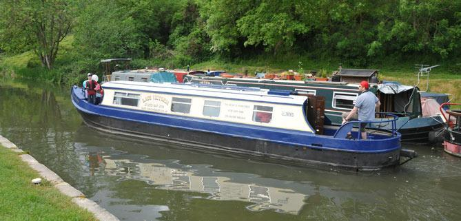 Dayboat customers of Bath Narrowboats pirate