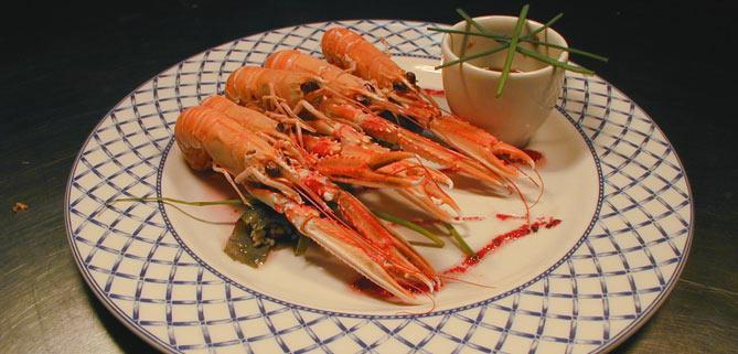 Langoustines on John rennie Bath Narrowboats restaurant boat