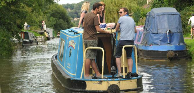 Dayboat customers of Bath Narrowboats pirate party Hen PartySwan