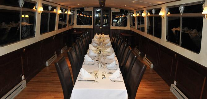 Single table on John Rennie by Gourmet Delicious for Bath Narrowboats