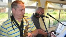 Funked up duo covers band on John Rennie Bath Narrowboats